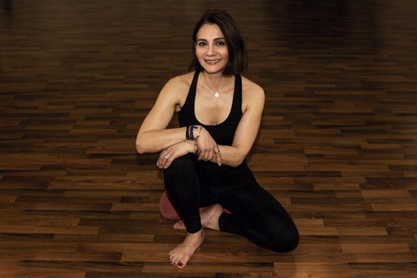stelle yogalehrer berlin